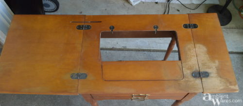 Do You Have An Old Sewing Machine Table Missing The Sewing Machine? Hereu0027s  An Awesome