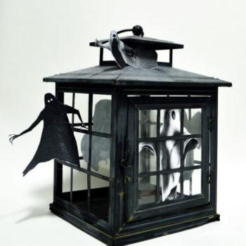 Finished lantern spook house