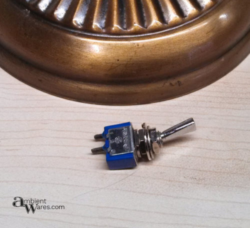 10_toggle-switch-for-light-fixture