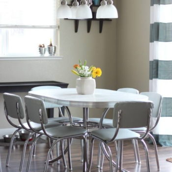 Reupholstered Vintage Diner Set - Funtastic Friday 112 Featured