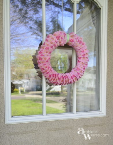 This Unique And Beautiful DIY Wreath Using Cupcake Liners Is The Perfect Door Decor ambientwares.comThis Unique And Beautiful DIY Wreath Using Cupcake Liners Is The Perfect Door Decor ambientwares.com