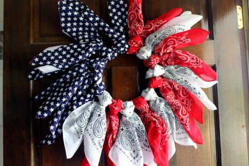 Funtastic-Friday-129_Most-Viewed_patriotic-wreath